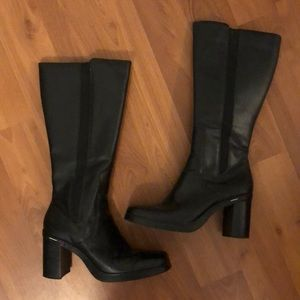 1990s Y2K Tommy Hilfiger square toe boots